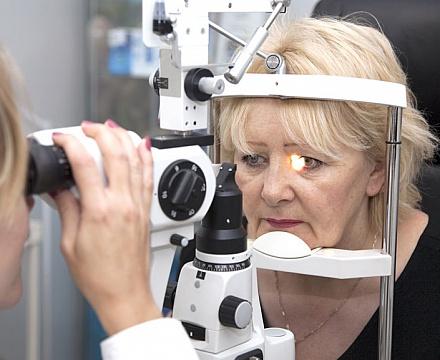 Факоморфическая, факолитическая и факотопическая глаукома